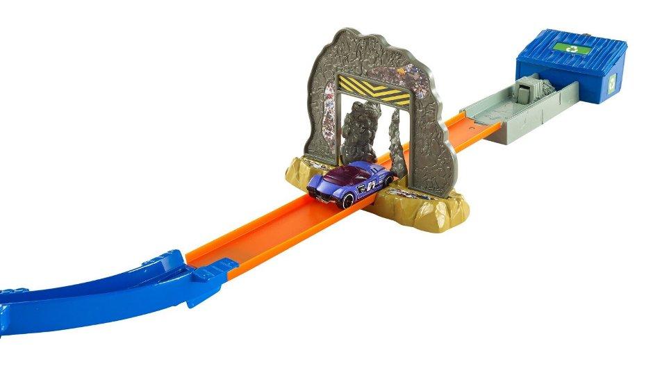Машинка атака Зомби
